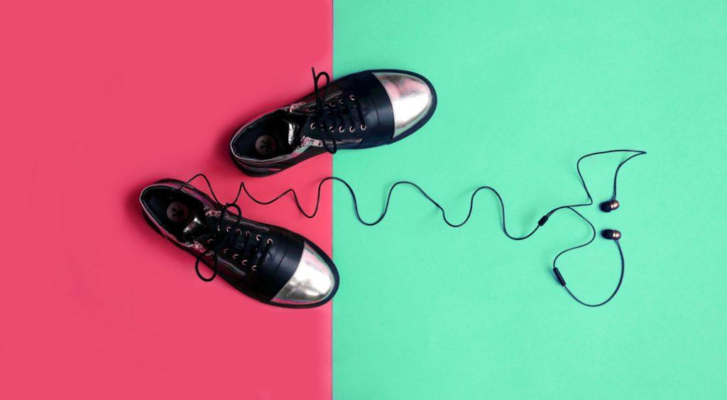 Kanabis black sneakers