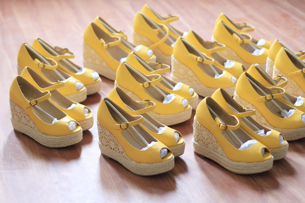 Hello Yellow Kanabis wedges