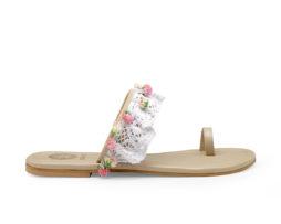 Kanabis Fairytoes white lacy pompom sandals