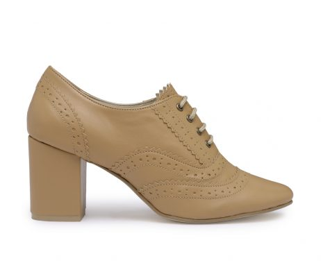 Girl Boss tan block heel brogues